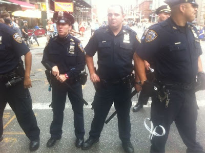 Cops forming line some with clubs out, New York Police making arrests at occupy Wall Street Protests
