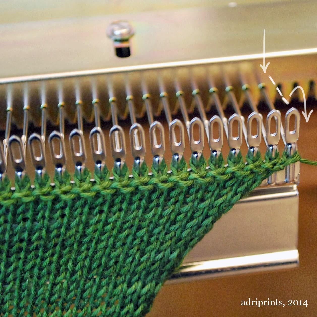 garter bar knitting machine