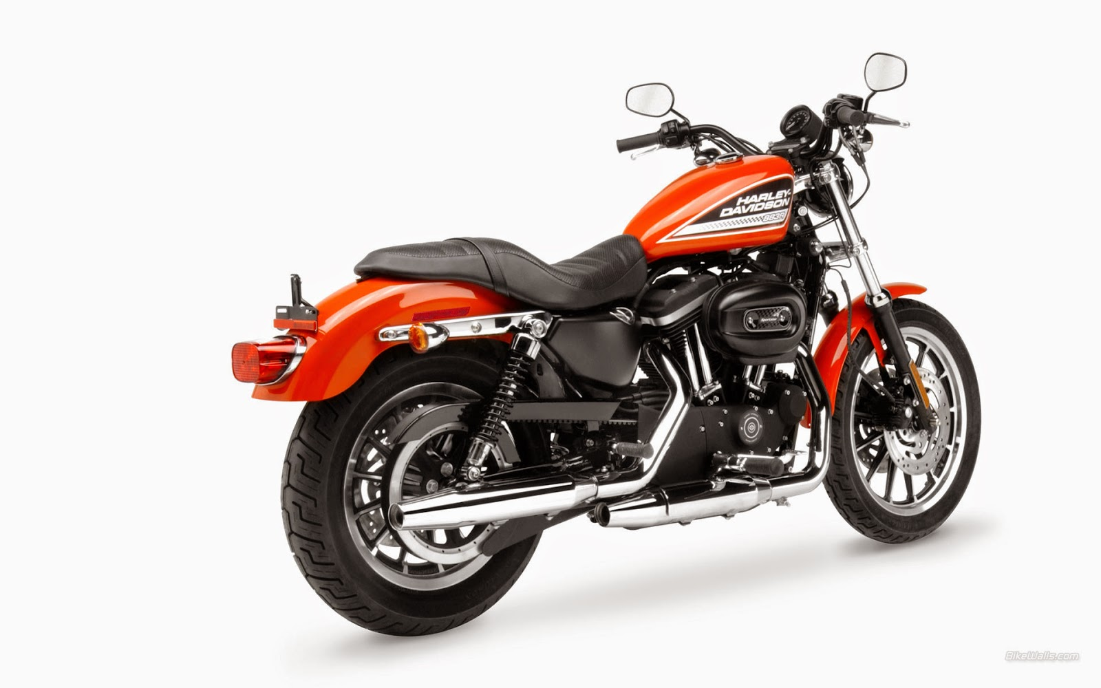 HarleyDavidson XL 883R Roadster Price Specs Reviews Launch