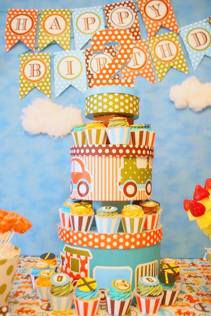 http://4.bp.blogspot.com/-yBm1tl7hvPI/T1F-uDSlC5I/AAAAAAAAHXs/jvBBCh3vd4k/s640/cupcake+2.jpg