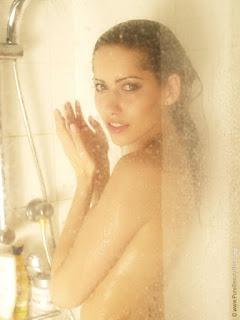 大笨蛋 - sexygirl-stani_shower_19-795159.jpg