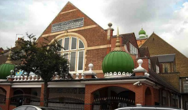 2. Masjid Brent, Chichele Road, London