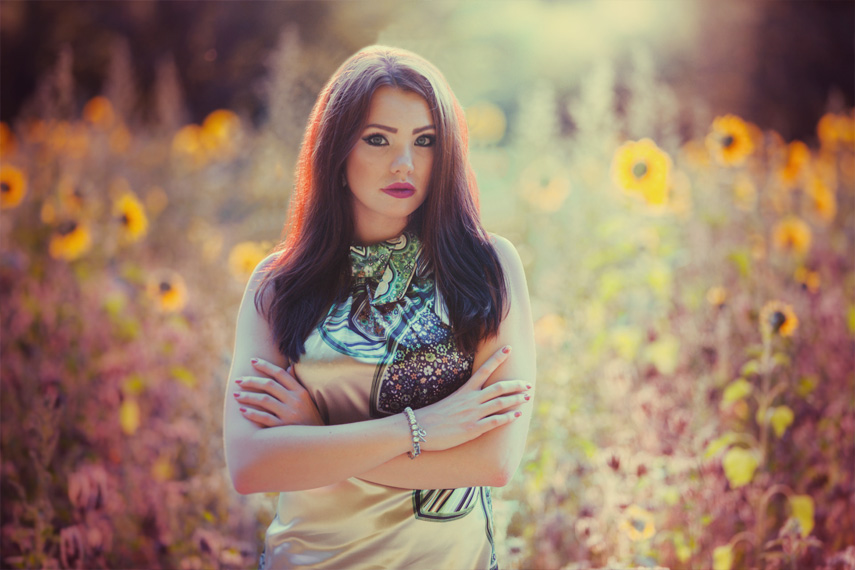 Anastasia im Sonnenblumenfeld