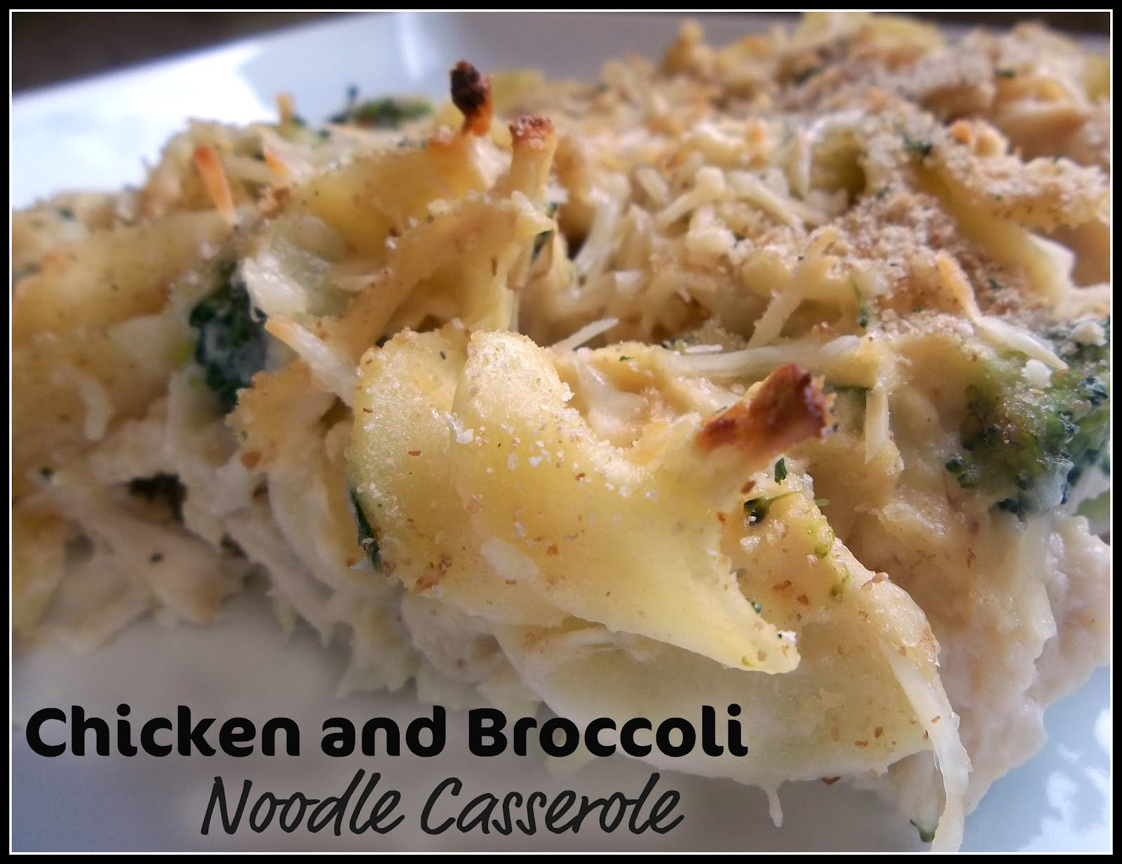 Chicken and Broccoli Noodle Casserole | Six Sisters' Stuff