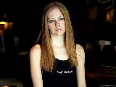 Avril Lavigne Singer Celebrity Wallpaper