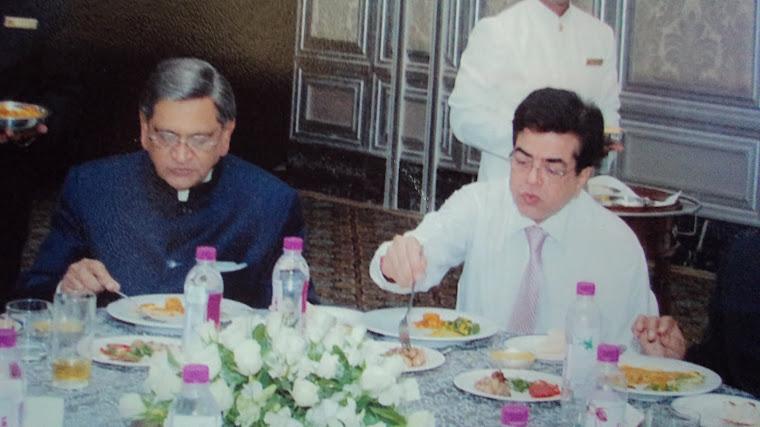 Honb'le SM Krishna and Mukesh Sharma at Taj Mumbai
