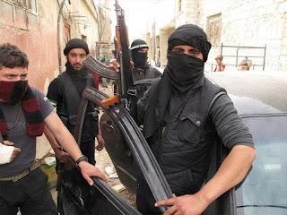 Οι Τζιχαντιστές έδωσαν τις φωτογραφίες των εκτελεστών του Παρισιού. Ποιον πολιτικό απειλούν;
