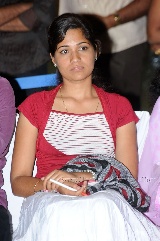 radio city super singer contest singer sunitha latest