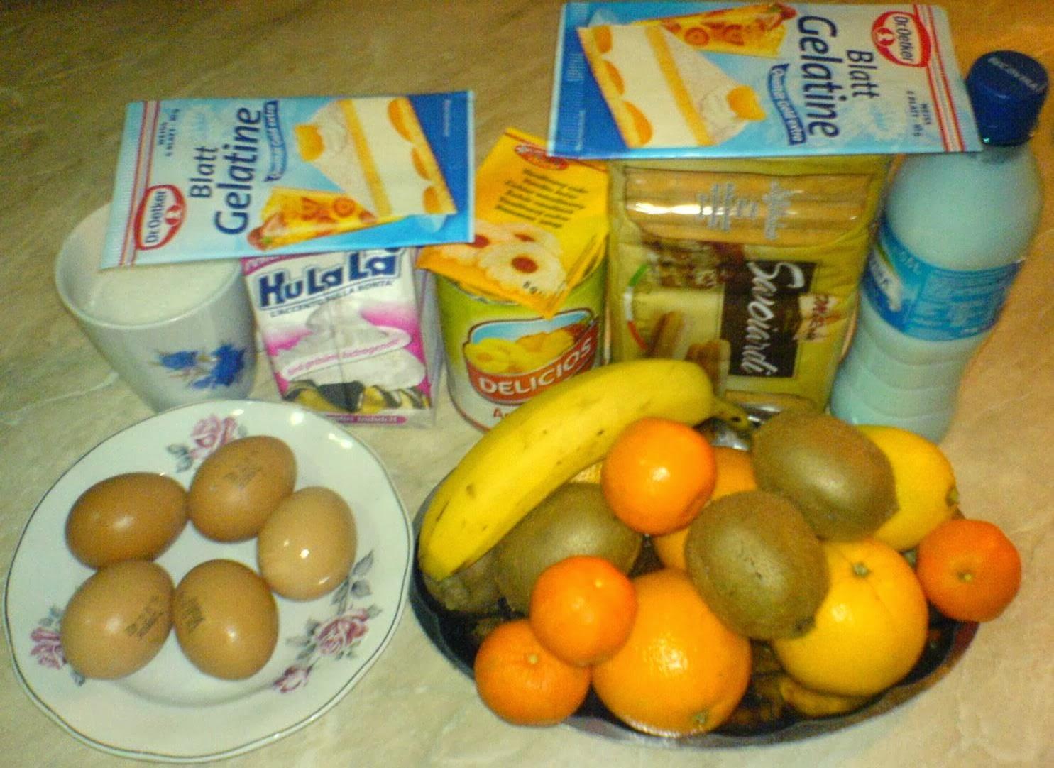 ingrediente pentru tort diplomat, ingrediente pentru tort diplomat cu fructe, retete si preparate culinare de dulciuri si prajituri de casa cu fructe,