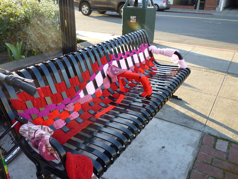 yarn bombing bench - photo #2