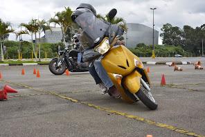 Qual o limite de sua moto? Venha descobrir no Curso do Amaral