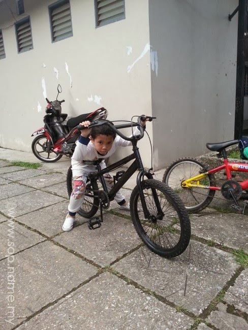 Basikal terpakai untuk Azfar dan Azwar