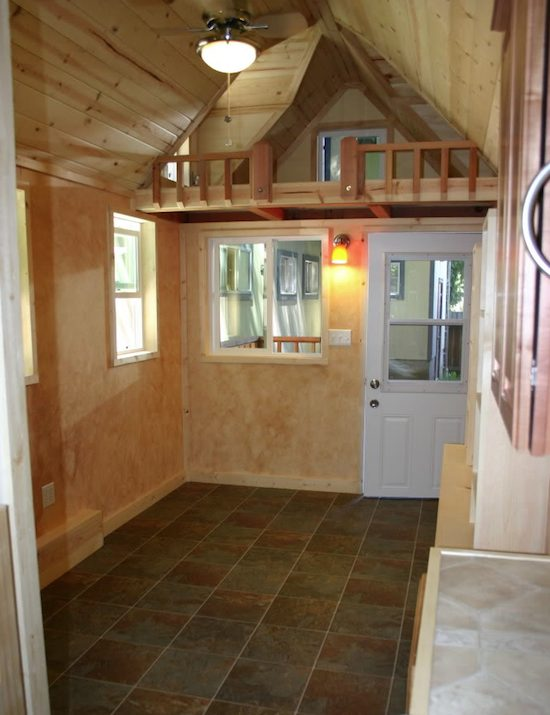 Going green eco living tiny house style for Small home designs with loft