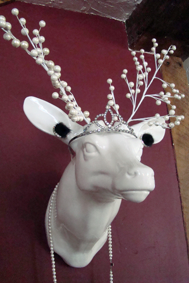 faux_taxidermy pearl_antlers deer_tiara