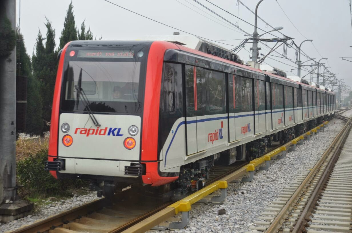 Tren LRT Baru 2015
