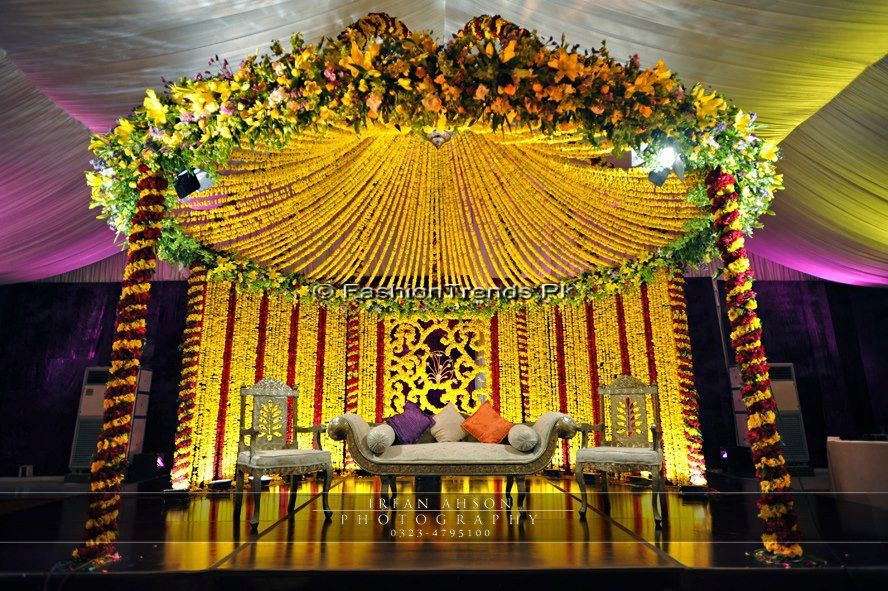 Mehndi And Mayon Decoration : Atif aslam & sara bharwana mehndi event ~ mayoon frills