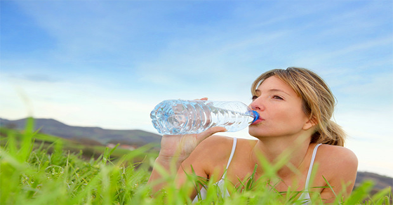 7 Reasons To Never Drink Bottled Water Again