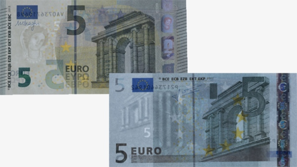 Comparison Of The New And Old 5 Euro Notes