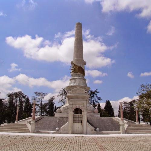 abidei hürriyet anıtı şişli