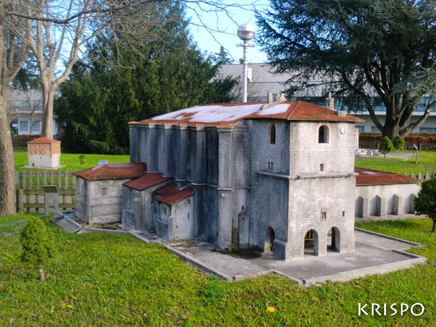 miniatura de la iglesia de santa maria de deba