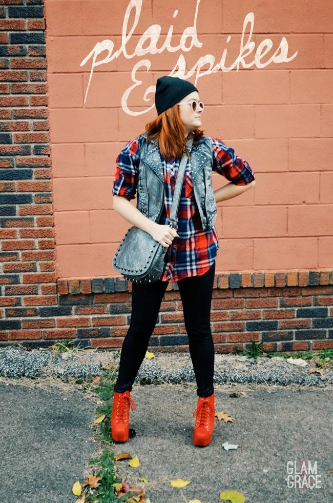 Akron Ohio Fashion - fall oversized plaid top