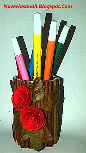 unik kerajinan tangan tempat pensil dari kaleng bekas sarden dan ranting kering