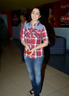 Charmi Pictures in Jeans at Satya 2 Premiere Show