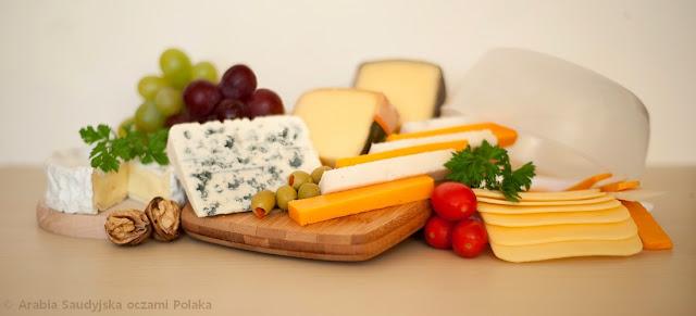 Deska serów - jak przygotować i jak podawać