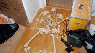sexo con esqueleto