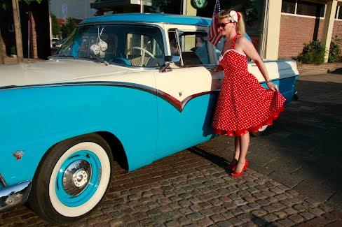 red polka dot rockabilly swingdress