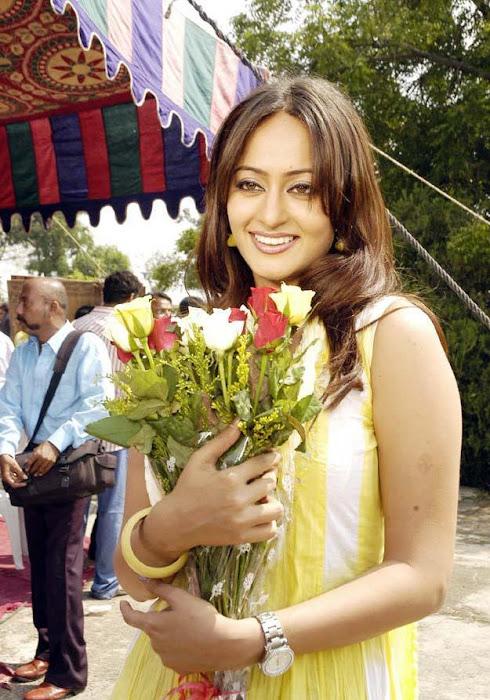 kaveri jha SmileCampus.blogspot.com_Actress pics