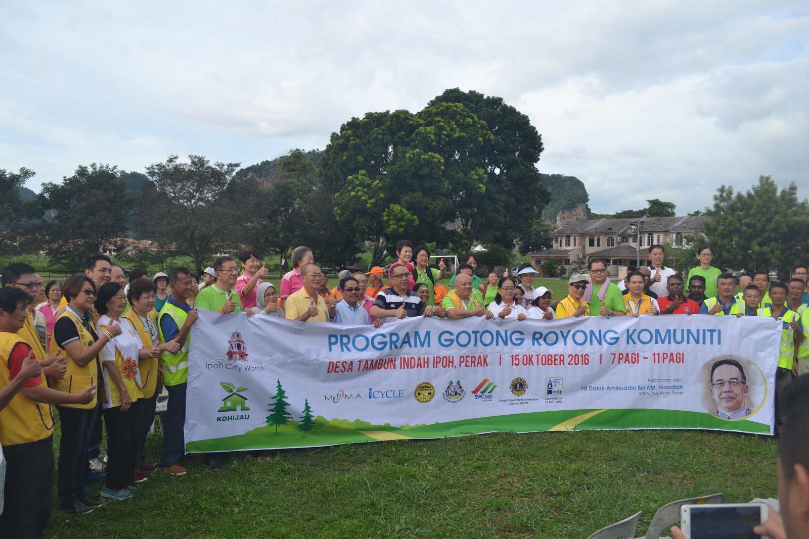 Gotong Royong at Desa Tambun Indah