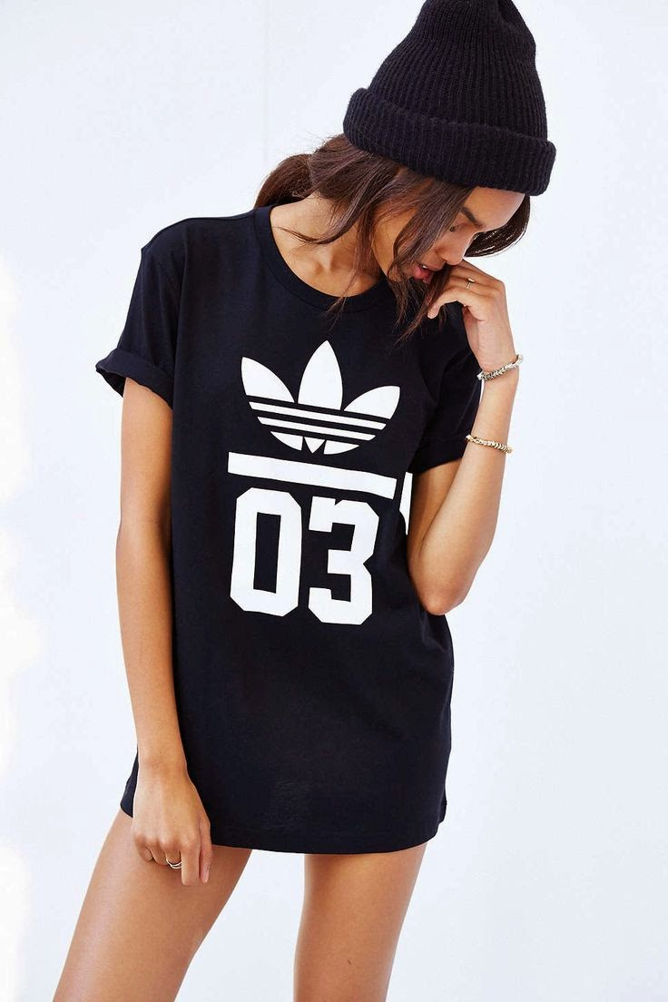 athleisure street style 101 ways to wear adidas modern wife life. Black Bedroom Furniture Sets. Home Design Ideas