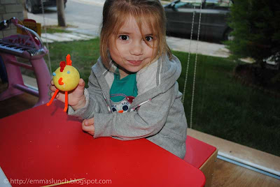 toddler crafts Easter Chicken