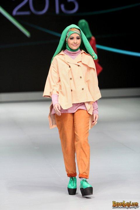 Gaya Hijab Risty Tagor Pictures