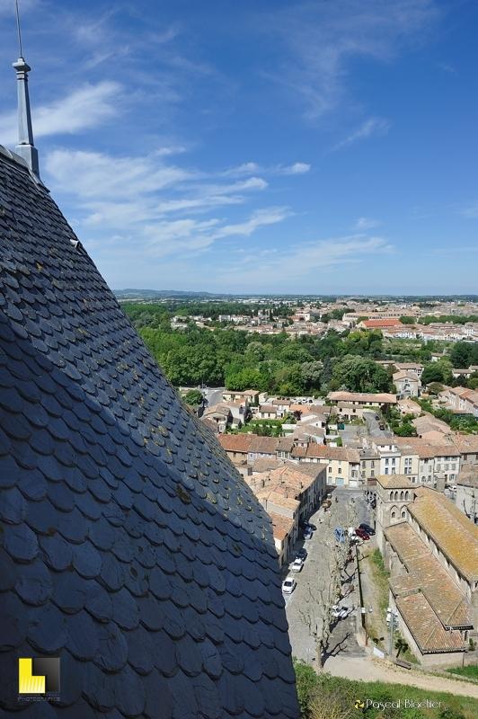 Toiture d'ardoise, château comtal de Carcassonne photo pascal blachier