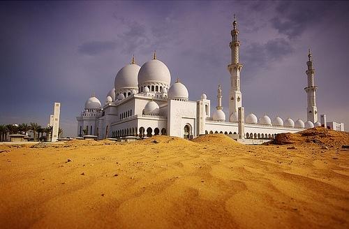 صور رائعة لمسجد الشيخ زايد في مدينة أبوظبي Abudhabi