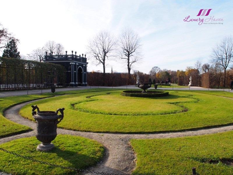 maria theresa schonbrunn palace garden kammergarten pavilion
