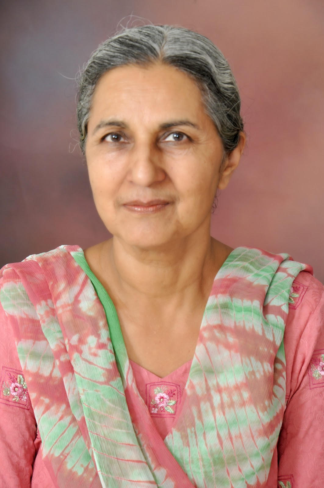punjabi writer parambir kaur flowers winters in india