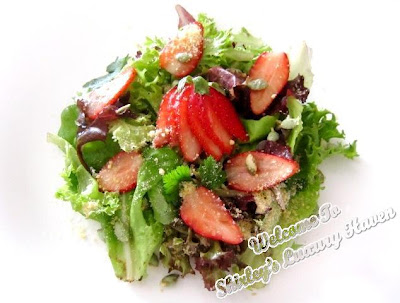 bewitching strawberries salad recipe