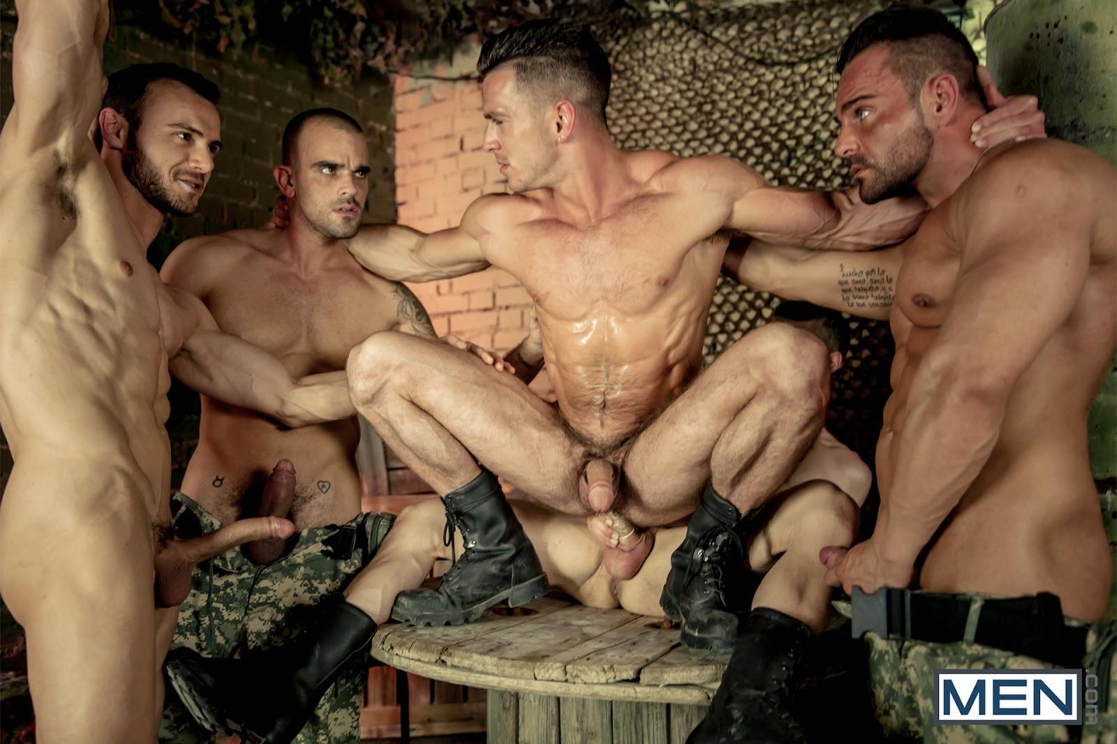 gey-seks-russkih-soldat