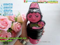 Boneka Jepang Tanah Liat
