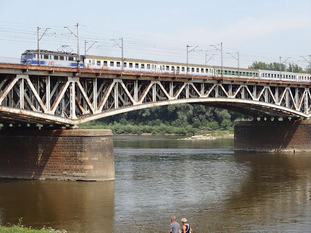 Most Średnicowy w Warszawie.