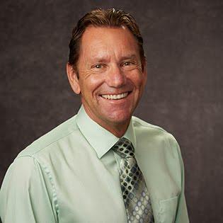 Dr. Simon Hudson