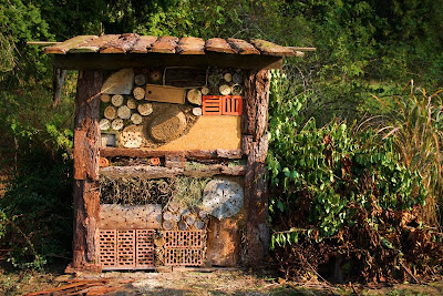 wildes gartengl ck insektenhotel. Black Bedroom Furniture Sets. Home Design Ideas