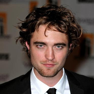 Robert Pattinson Diaries on Robert Pattinson He Of The Vampire Chronicles Or Diaries Or