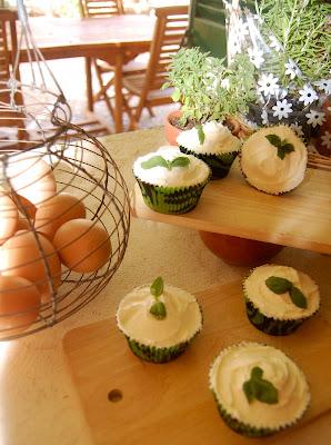 Cupcake de albahaca