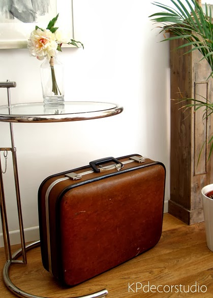 Venta y alquiler de maletas de viaje antiguas años 60 y 70 marca sanson valenciana