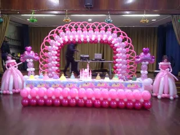 Welcome to Linda Ikeji's Blog: Balloon Decoration Training comes