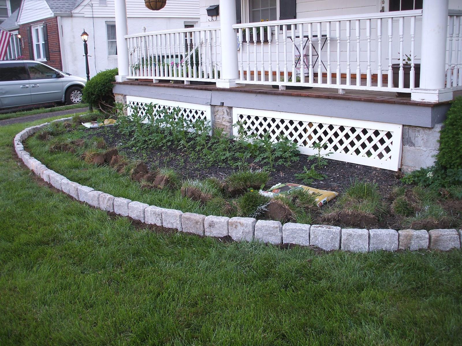Suburban gardeness front flower bed border for Flower bed borders